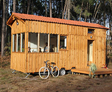 Site Tiny House Côté BassinSite Tiny House Côté BassinTINY HOUSE COTE BASSIN / Communication globale